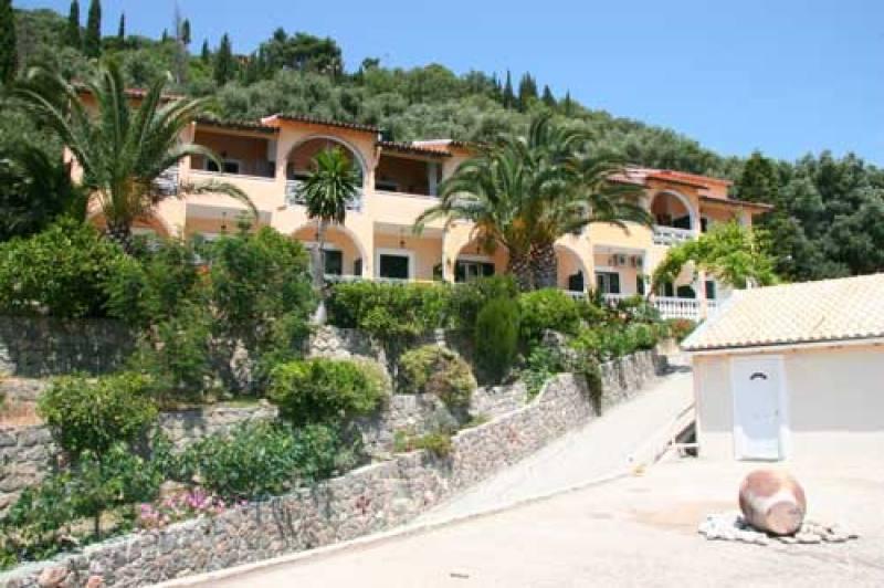Appartementen Mazis - Agios Gordis - Corfu
